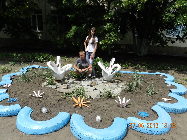 Поделки для благоустройства двора